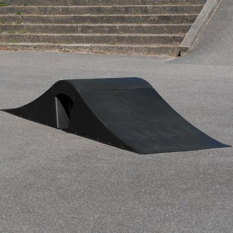 Skateboardramper   Skaterampset med böjd topp