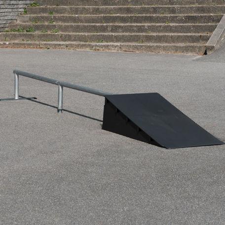 Skateboardramper | Skateramp med rail