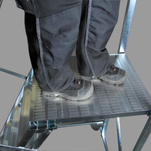 Arbetsplattformar | Rullbar arbetsplattform TMR Stål - Trappa Med Räcke 3,0M